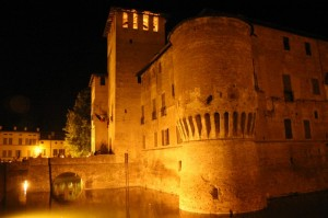 Fontanellato: il castello in notturna