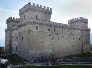 Castello Piccolomini 2