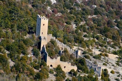 San Pio delle Camere -  Castello tra alberti