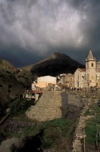 Il borgo di Mongiuffi