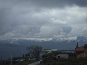 Potenza d'inverno,con le sue montagne.