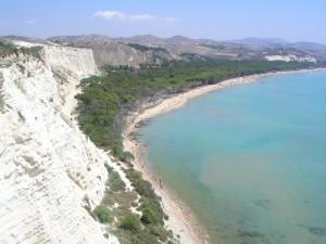 Spiaggia dalle rovine di  Eraclea Minoa