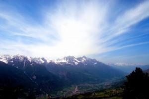 Chambave, con il Mont Emilius di sfondo