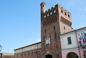 il Castello e la sua torre d'ingresso