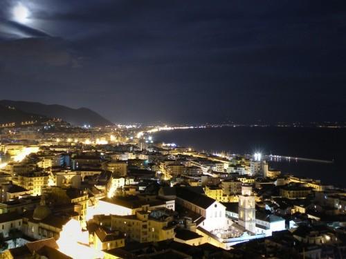 Salerno - 10 3 09 foto notturna di salerno