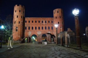 Porte Palatine by night