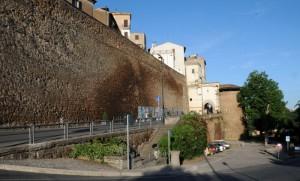 l'Arco di Porta e la sua Torre di Guardia - Gallese (VT)