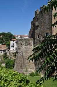 Antica Torre Fortilizia e Mura di Vitorchiano (VT)