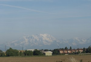 Panorama di Cesate e montagne