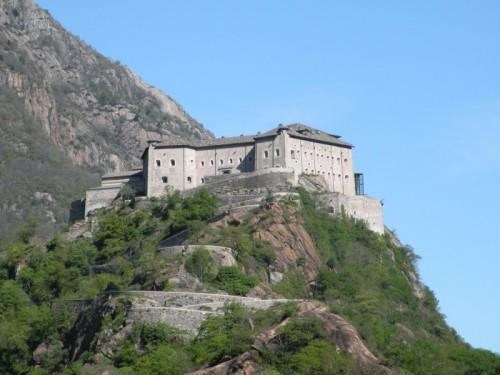Bard - La natura, il cielo e il Forte