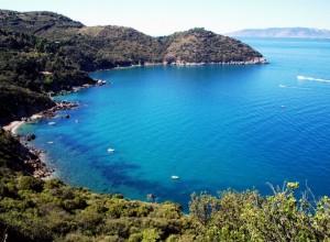 L'Argentario e sullo sfondo l'Isola del Giglio