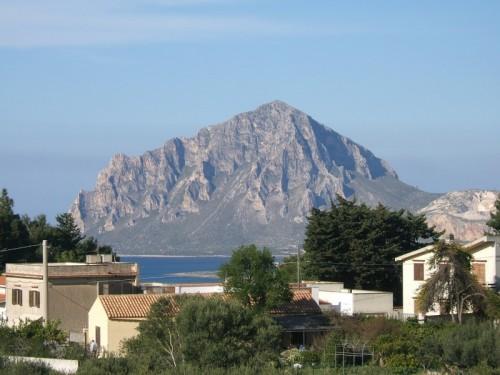 Custonaci - Monte Cofano visto da Valderice