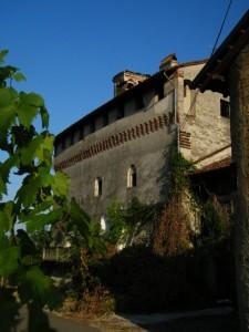 Veduta insolita del Castello di Lenta