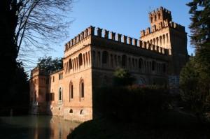 Castello privato nella bassa cremonese