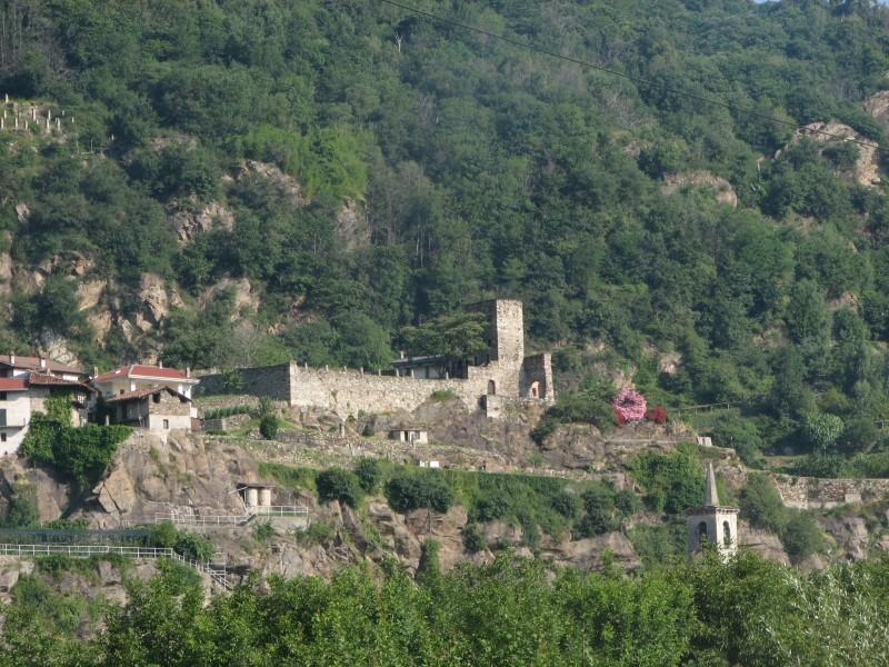 ''Castello di S.Pietro'' - Quassolo