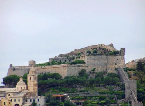 Portovenere - L'imponenza del Castello Doria