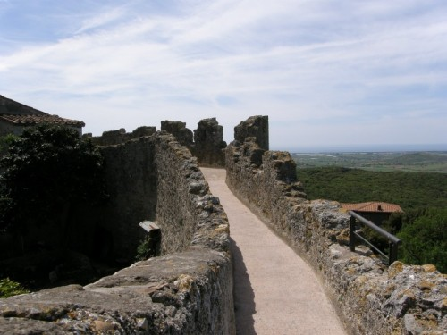 Capalbio - mura di cinta di Capalbio