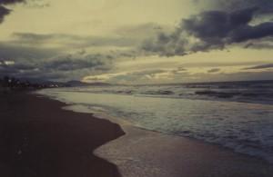 alba sulla spiaggia 2