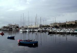 Visione di Bari dal mare