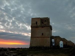 Tramonto a Torre Columena