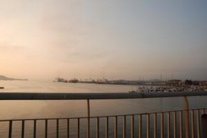 Alba sul porto