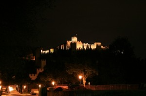castello di Soave di notte.