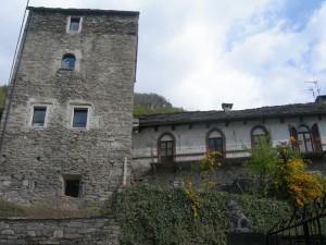casa Ferrari, sec.XV.castello visconteo