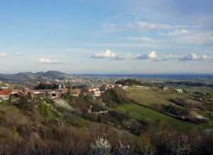 Inizio di primavera a Robella d' Asti