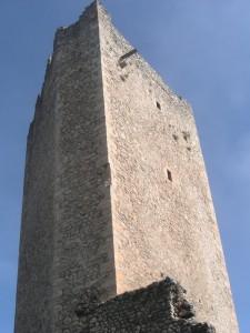 Torrione pentagonale della fortezza di Beffi (fraz. Acciano - AQ)