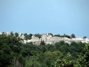 …per non dimenticare, ecco i ruderi del castello d'Ocre dopo il terremoto del 6 Aprile 2009.