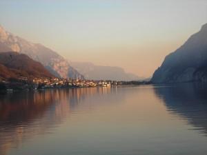 Abbadia Lariana vista dal lago