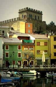 Il castello di Muggia ed i suoi colori
