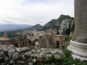 Vista di taormina dal teatro greco