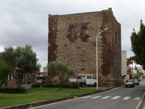 La torre Aragonese.