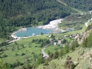 Frazione e lago di Pourrieres