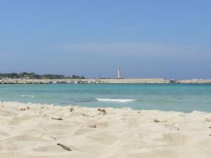 La spiaggia ed il faro