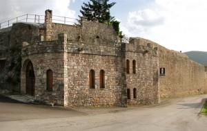 Mura fortificate a Cerreto di Spoleto