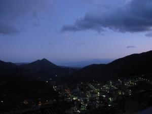 Notturna sul paese