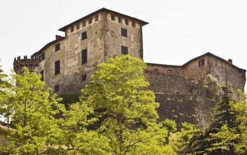 """Casaleggio Boiro - il castello """"dell'Innominato"""""""