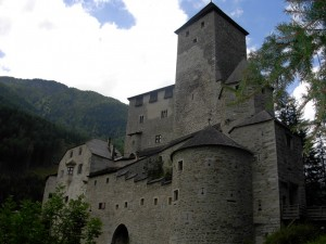 Altra veduta di Castel Taufers