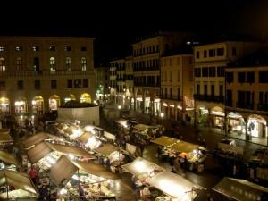 Piazza delle erbe by night