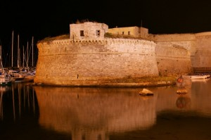 Il Castello Angioino di Gallipoli di notte