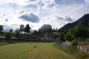 La salita rurale al castello