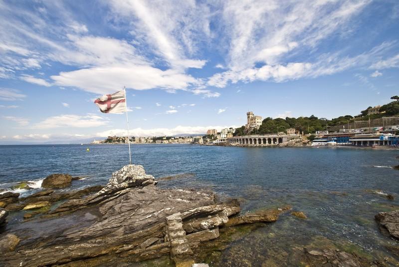 ''uno sguardo dei Mille'' - Genova
