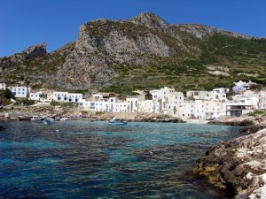 Levanzo in pieno sole