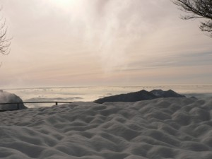 nebbia sulla pianura padana dopo una nevicata