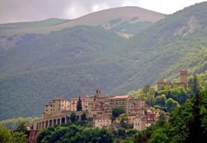 Arquata e la Rocca.