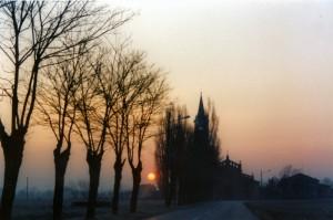 il viale della chiesa