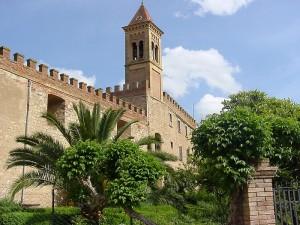 le mura fortificate di Bolgheri