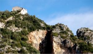 le mura di Santa Maria in Castello